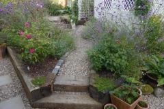 30) Woodland Gardens